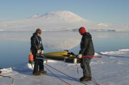 Underwater glider sets 2 Antarctic firsts
