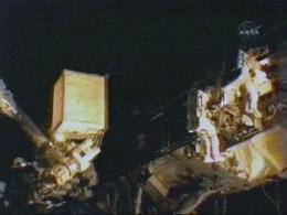 Astronauts take 2nd spacewalk, overcome stiff bolt (AP)