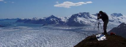 Footloose Glaciers Crack Up