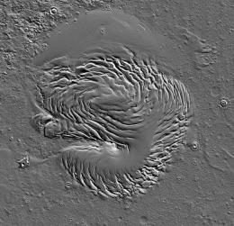 Planetary scientists solve 40-year-old mysteries of Mars' northern ice cap