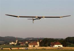 Solar-powered Swiss plane gets its day in the sun (AP)