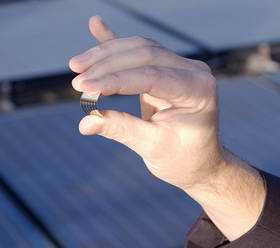 Researchers Develop Efficient Organic Solar Cell