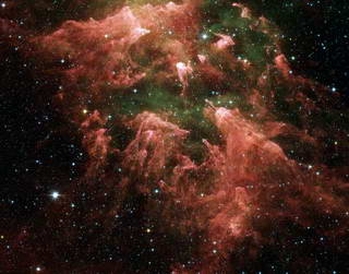 Spitzer Captures Fruits of Massive Stars' Labors