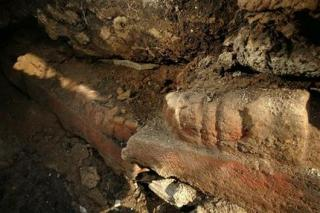 Monolith perhaps largest found in Mexico (AP)