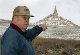 Nebraska's popular Chimney Rock eroding (AP)