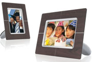 Philips new 9-inch PhotoFrame provides a touch of style for displaying images