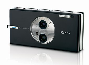 Kodak Unveils World's First Dual-Lens Digital Camera