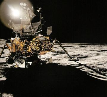 Blinding sunshine, dark shadows and the lunar lander Antares