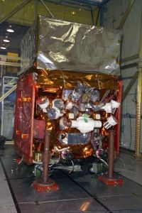 NASA'S GLAST satellite gets unwrapped for the holidays