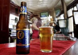 Beer Maker, Scientists to Create Energy (AP)