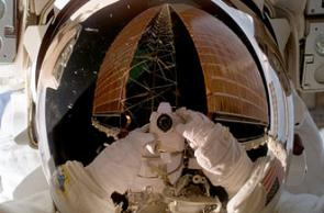 Expedition 14 Crew Completes 3rd Spacewalk