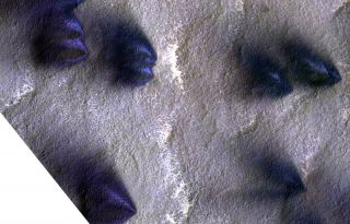 Mars Orbiter Examines 'Lace' and 'Lizard Skin' Terrain