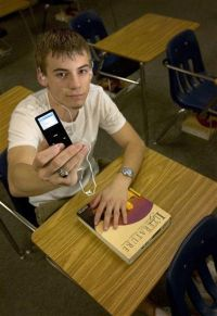 Schools Banning iPods to Beat Cheaters (AP)