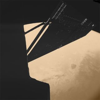 Stunning view of Rosetta skimming past Mars