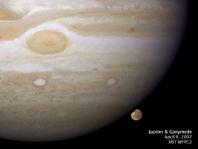 Scientist Makes Image, Movie of a Jupiter Moon Setting