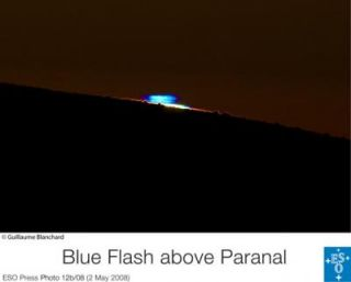 Blue Flash at Paranal