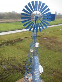 Dutch University Tests Windmill for Seawater Desalination