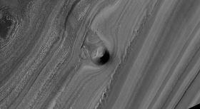 Martian Polar Layer Erosion Looks Striking
