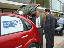 Software gets smart cars talking