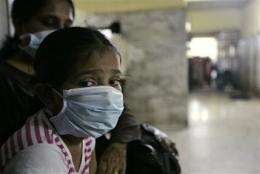 Novartis starts testing swine flu vaccine (AP)