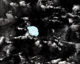 A NASA satellite image of iceberg B17B (C), floating southwest off the West Australian coast