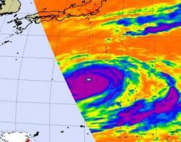 NASA's Aqua satellite catches 2 views of super Typhoon Choi-Wan