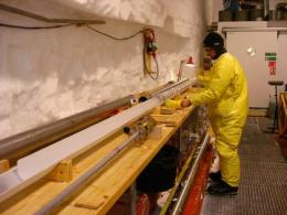 International Greenland ice coring effort sets new drilling record in 2009