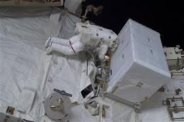 Astronauts take mission's 3rd and final spacewalk (AP)
