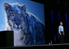 Apple Senior Vice President of OSX Software Bertrand Serlet talks about the new Snow Leopard operating system