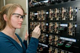 Argonne advanced battery research driving to displace gasoline