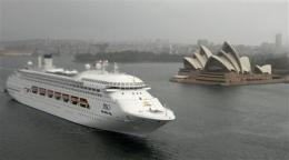Australian cruiser docks after swine flu outbreak (AP)