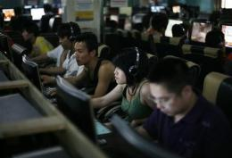 China backs down from requirement for Web filter (AP)