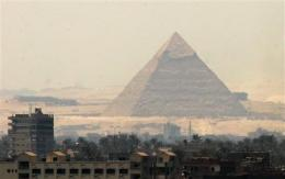 Egypt to open inner chambers of 'bent' pyramid (AP)