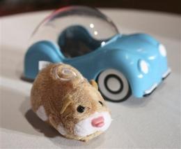 Group contends popular Zhu Zhu Pets toys unsafe (AP)