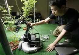 I, robot _ and gardener: MIT droids tend plants (AP)