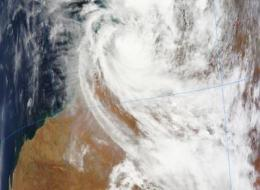 Laurence still causing warnings and watches in northern west Australia