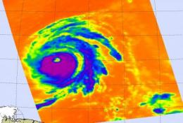 NASA's Aqua satellite gets two views of category 4 Hurricane Bill