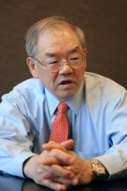 Suh Nam-Pyo, president of the Korea Advanced Institute of Science and Technology