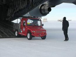 Antarctica's ice puts electric vehicles to test