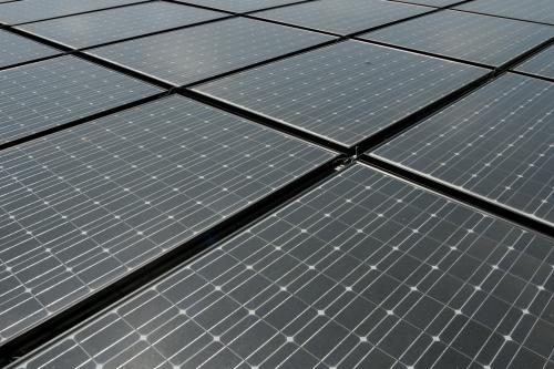Snow Helps Solar Cells Sometimes Research Shows