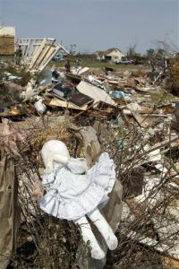 15-state tornado outbreak deadliest since 2008 (AP)