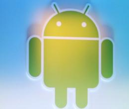 Google's Android software strengthened its grip on the US smartphone market, powering nearly 42 percent of handsets