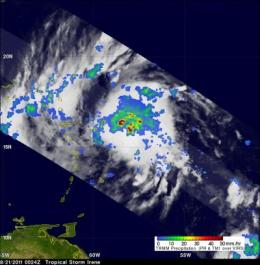 NASA sees heavy rain in Hurricane Irene, satellite video watches her growth