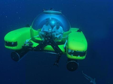 New Triton submarine in race to reach ocean bottom
