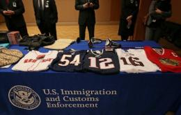 US closes 150 websites in counterfeit crackdown