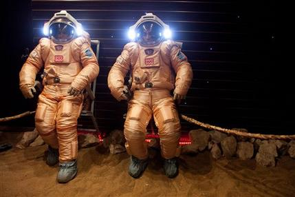 Researchers complete 520-day mock mission to Mars (AP)