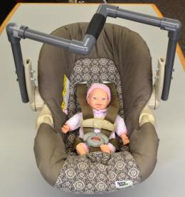 Researchers design new handle to make lifting infant car seats safer, easier