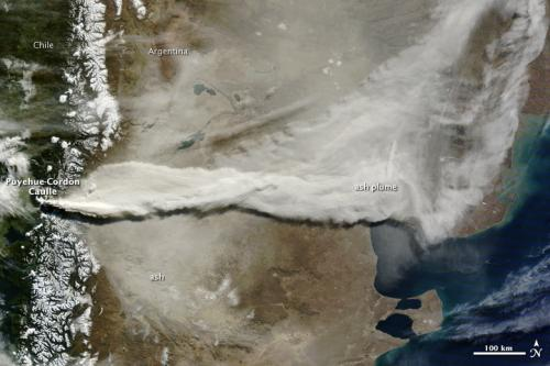 NASA satellite gallery shows Chilean volcano plume moving around the world
