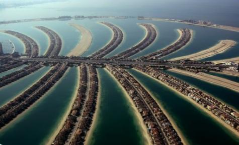 Artificial island complexes constructed in the sea off Dubai are an example of Dutch ingenuity