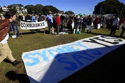 Australian PM faces toughest test on carbon tax (AP)